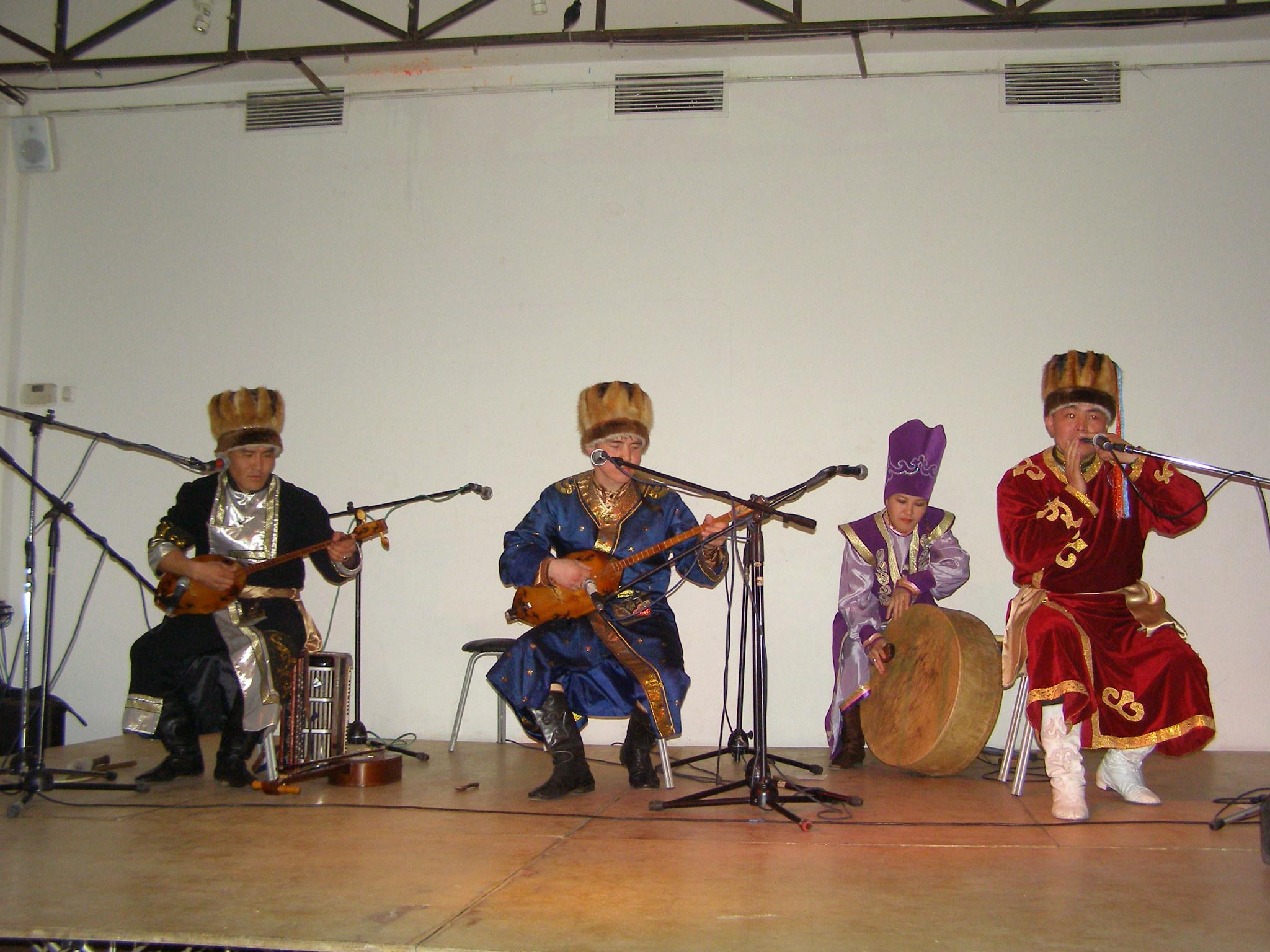 Концерт в клубе ДОМ (Москва)